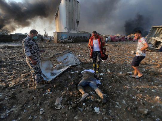 Tuertos, traumatizados: testimonios de sobrevivientes a la explosion en Beirut