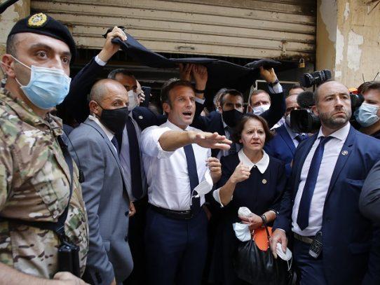 """Macron anuncia una conferencia de ayuda para Líbano """"en los próximos días"""""""
