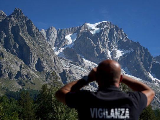 Fin del estado de alerta en el glaciar italiano de Planpincieux en el Mont Blanc