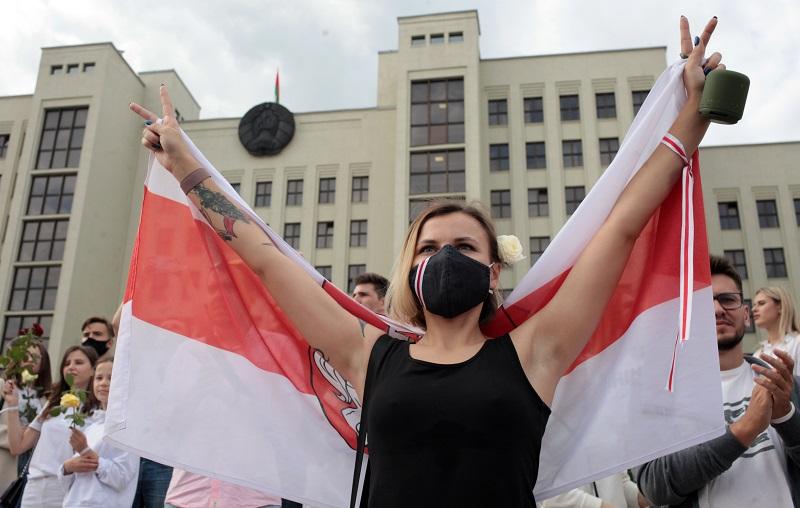 """Rusia asegura """"confiar"""" en una rápida salida de la crisis en Bielorrusia"""