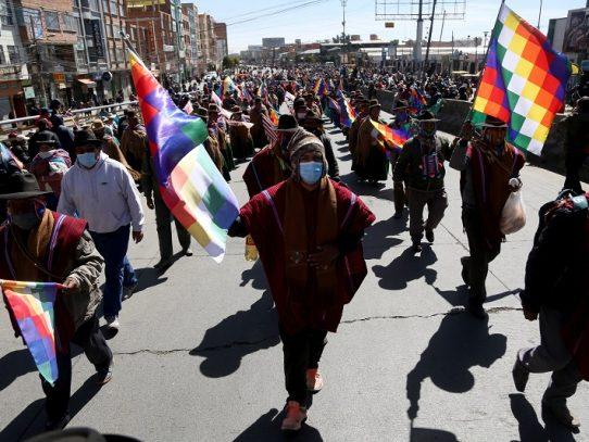 Bolivia retorna lentamente a la normalidad tras 12 días de protestas