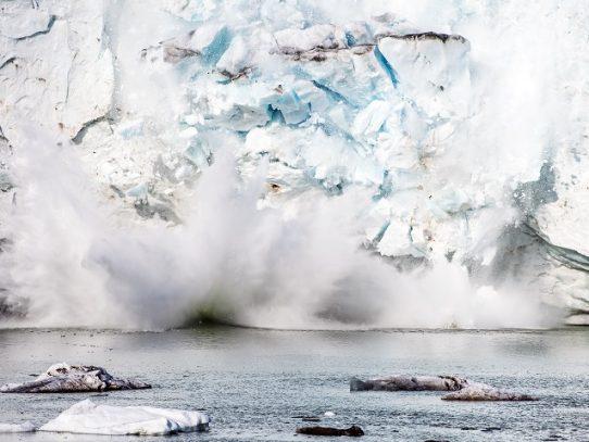 Deshielo récord de los casquetes glaciares de Groenlandia en 2019
