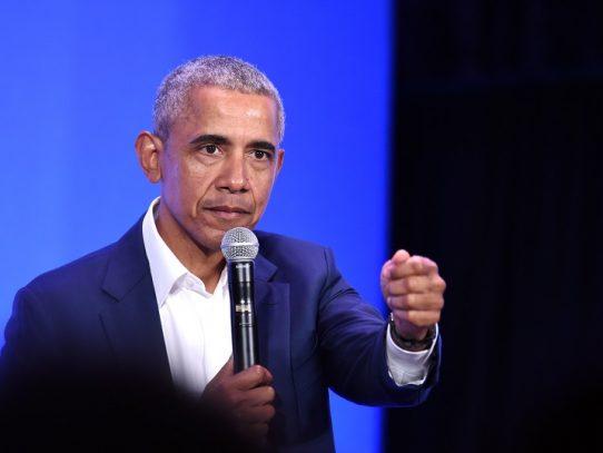 """Barack Obama y Kamala Harris denuncian el """"fracaso"""" de Trump"""