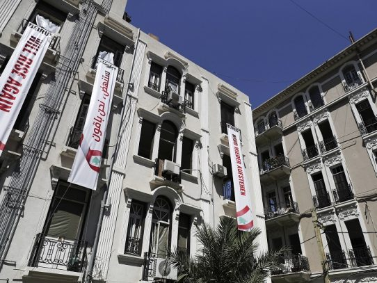 En un Beirut devastado, los tiburones inmobiliarios olfatean las gangas