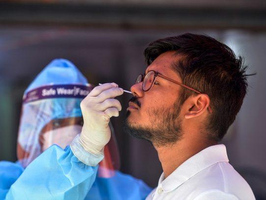 Panamá rebasa los 100 mil contagios por Covid-19