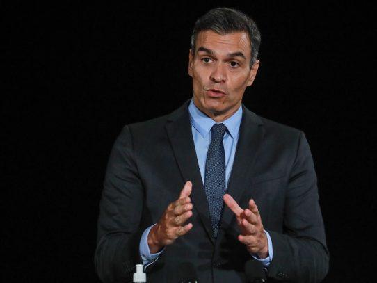 Gobierno español amenaza a Madrid con intervenir ante descontrol de la epidemia
