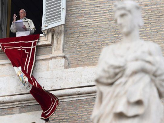 Vaticano aclara posición del papa sobre las uniones homosexuales