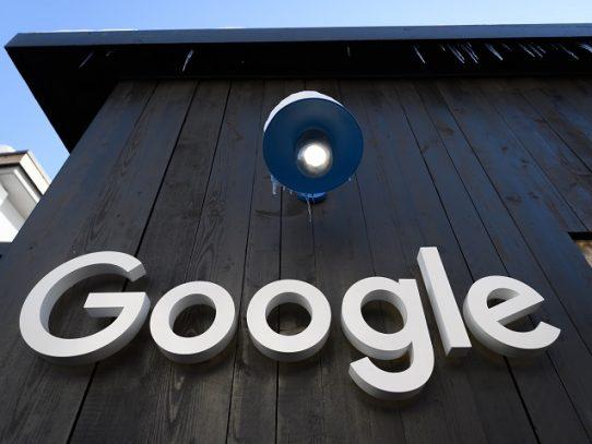 Google anuncia que invertirá mil millones de dólares en colaboraciones con editores de prensa
