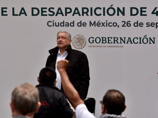 Justicia mexicana busca a militares por desaparición de 43 estudiantes en México