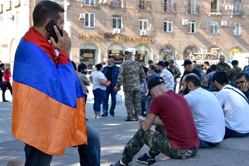 """Azerbaiyán """"declaró la guerra"""" al pueblo armenio"""