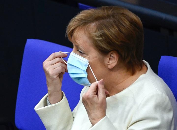 Merkel pide nuevas medidas restrictivas contra el coronavirus
