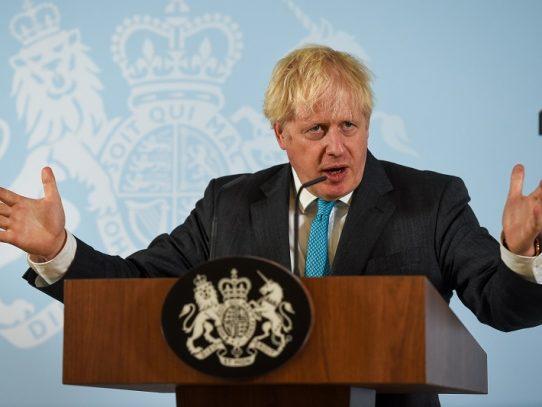 Gobierno británico descarta negociaciones en 2021 si no se llega a acuerdo posbrexit este año