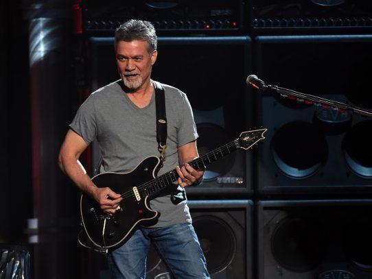 Estrella de rock Eddie Van Halen fallece en EE.UU. tras larga batalla contra el cáncer