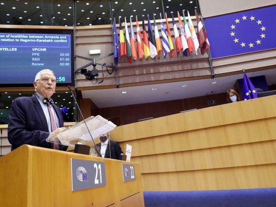 La UE teme una internacionalización del conflicto en Nagorno Karabaj