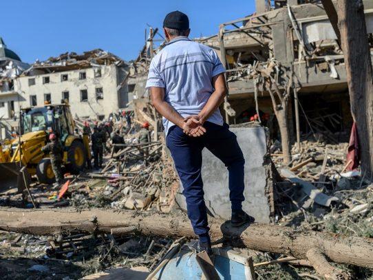 """Los combates en Nagorno Karabaj dejan """"cerca de 5.000"""" muertos, afirma Putin"""