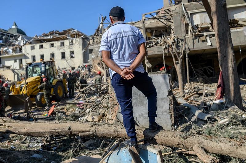 """La nueva """"tregua humanitaria"""" en Nagorno Karabaj, violada por Azerbaiyán, según Armenia"""