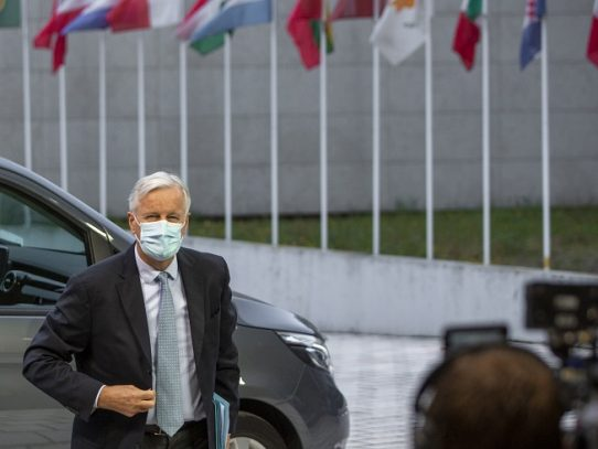 Conversaciones postbrexit durarán varias semanas, asegura negociador de la UE