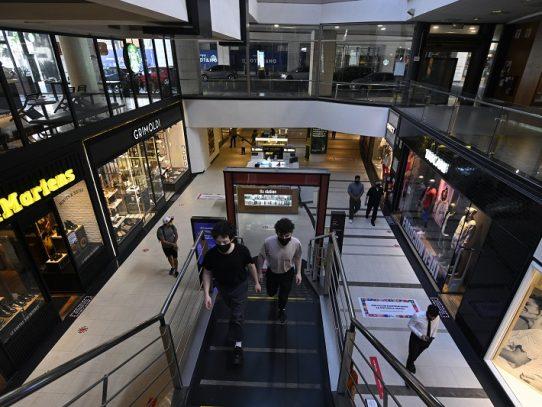 "Crisis y coronavirus: un combo a veces ""imposible"" para empresas en Argentina"