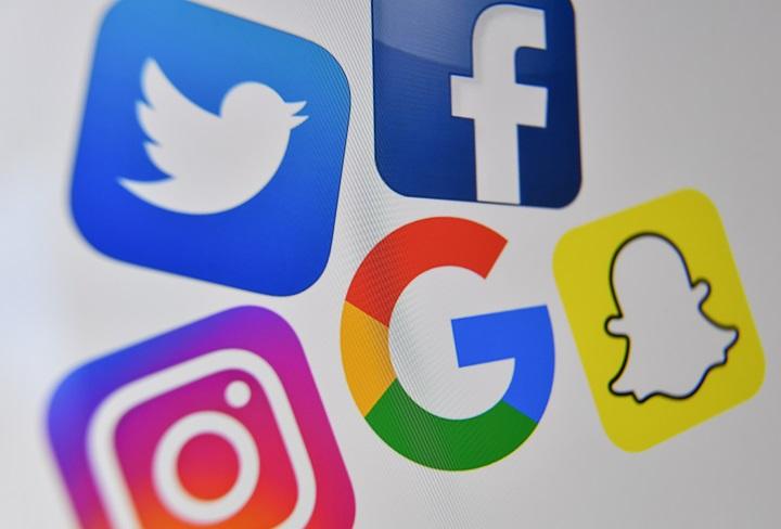 Turquía impone fuertes multas a las principales redes sociales