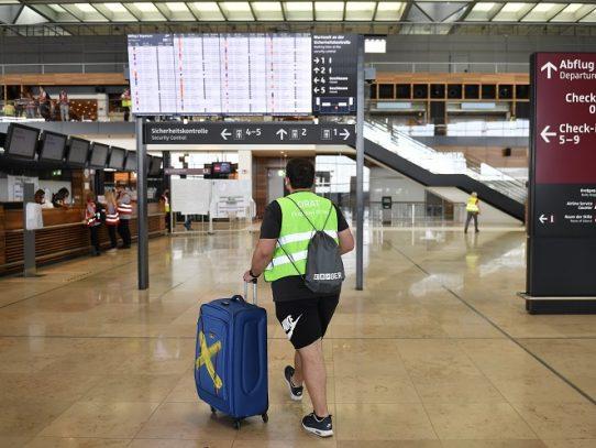 El nuevo aeropuerto de Berlín despega en plena pandemia