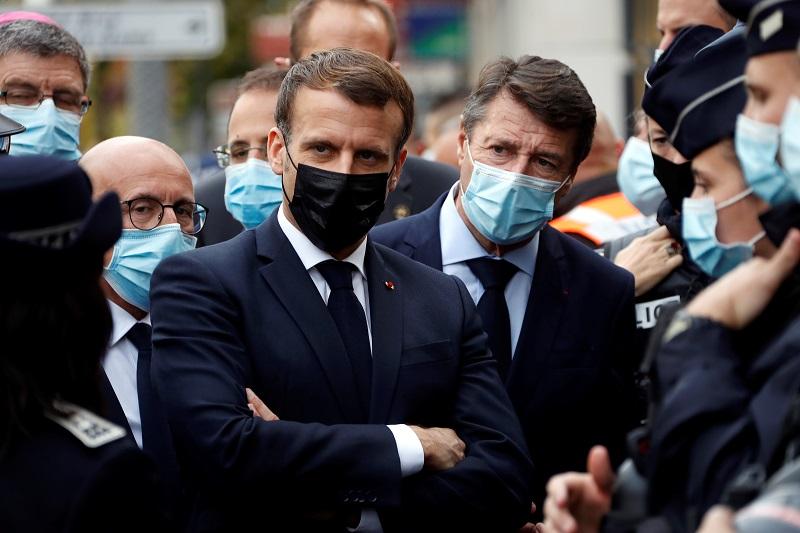 "Presidente francés Emmanuel Macron denuncia un ""ataque terrorista islamista"" en Niza"