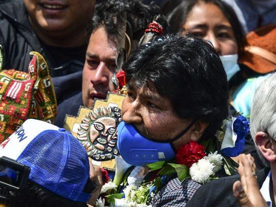 Evo Morales dice que la pandemia es parte de una guerra biológica