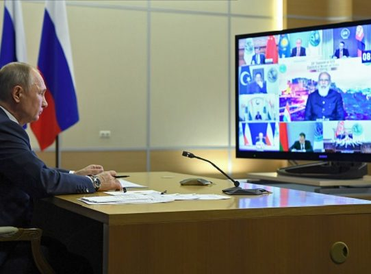 Rusia envía sus fuerzas de paz a Nagorno Karabaj tras acuerdo Azerbaiyán-Armenia