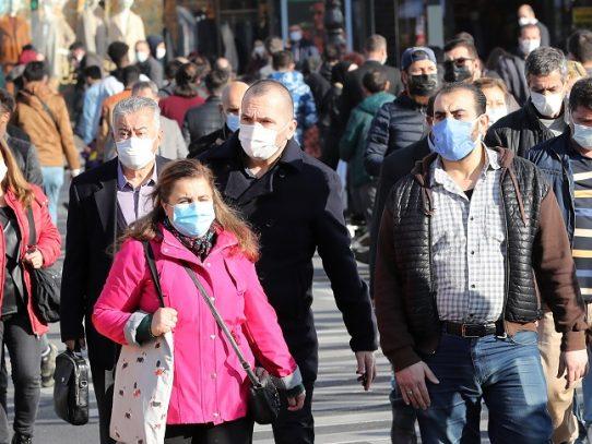 Turquía instaura un reconfinamiento parcial debido a aumento de casos