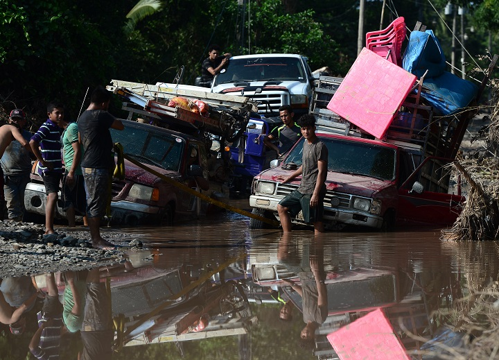 El huracán Iota avanza amenazante hacia Centroamérica