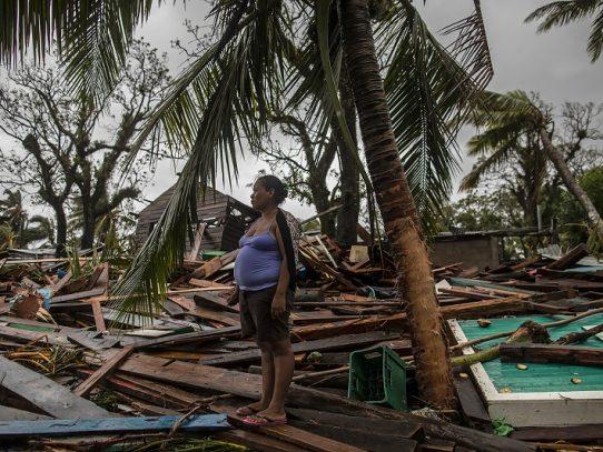 Iota se disipó sobre El Salvador tras dejar una ola de muertes en Centroamérica
