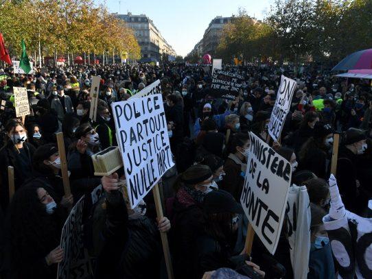 Los franceses salen a las calles para protestar contra proyecto de ley de seguridad