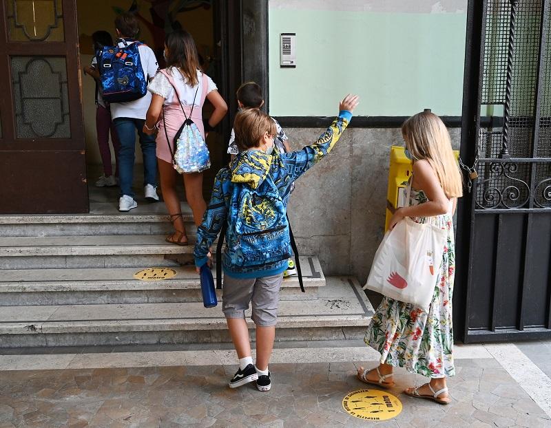 Nueva York y Europa vuelven a cerrar escuelas