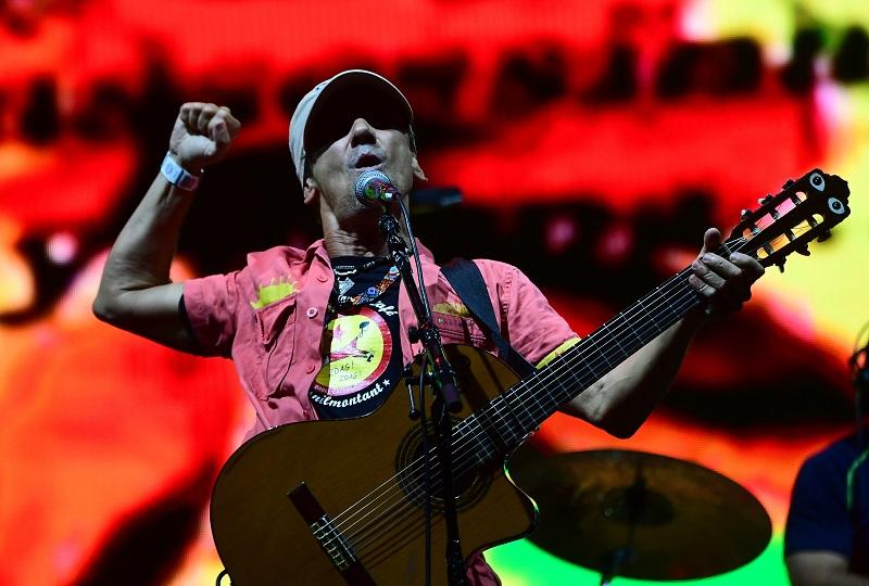"""Manu Chao saca 3 canciones inéditas, 21 años después de """"Clandestino"""""""