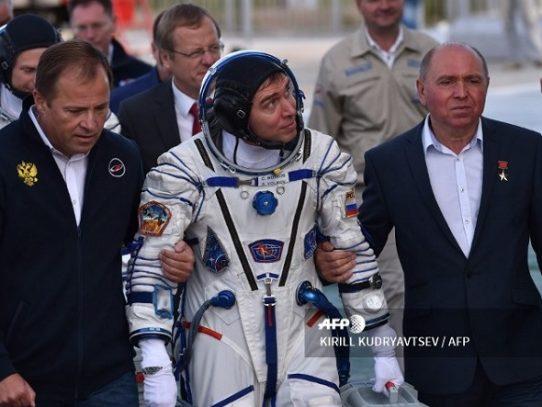 SpaceX lanza una señal de alarma para el programa espacial ruso