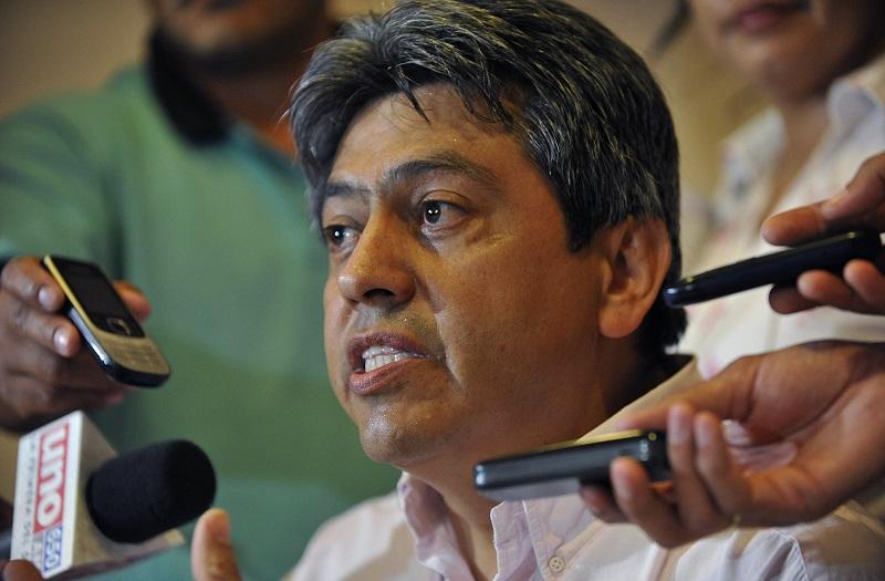 Políticos opositores vuelven a Bolivia tras exilio de Evo Morales