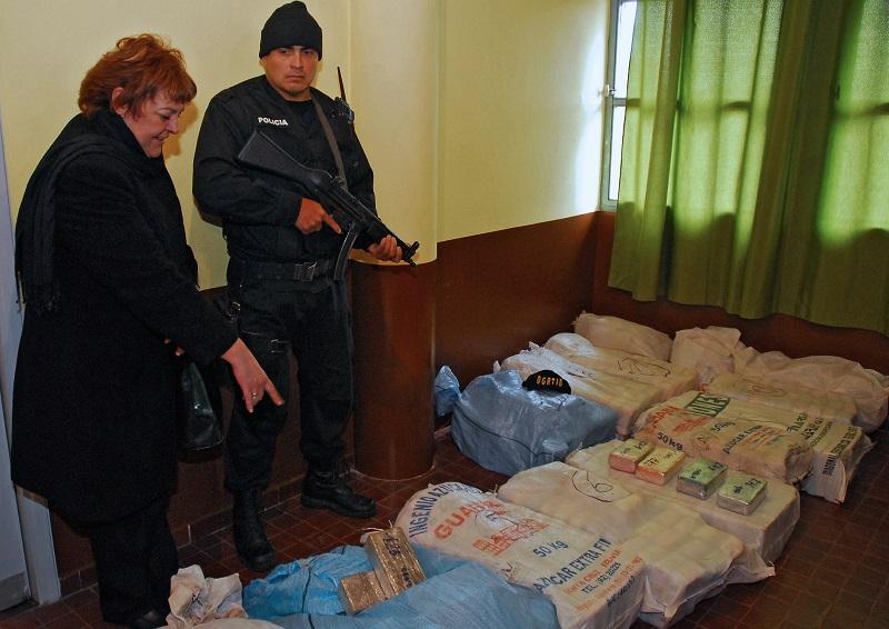 Uruguay decomisó varias toneladas de cocaína, el mayor alijo de su historia