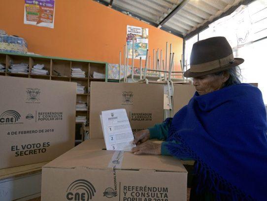 Consejo Electoral de Ecuador cierra zonas de votación en cinco países