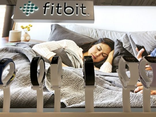 "Comisión Europea abre ""investigación"" sobre compra de Fitbit por parte de Google"
