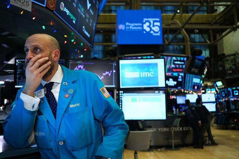 El petróleo sube y Wall Street cede por la tensión en Medio Oriente