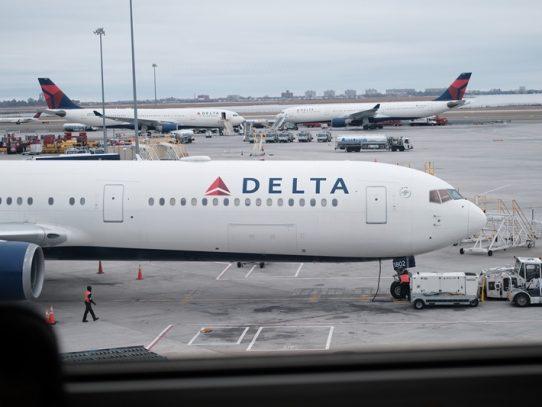Delta Air Lines sufre pérdida neta de USD 5.700 millones en EL 2°T