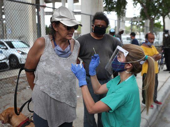 EE.UU. prohíbe supuesto tratamiento contra el coronavirus hecho a base de cloro