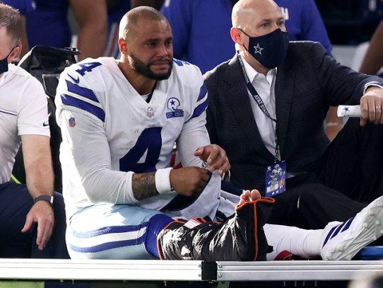 NFL: Dak Prescott, figura de los Cowboys, es hospitalizado tras impactante lesión