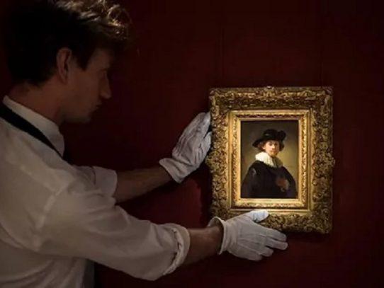 Subastan autorretrato de Rembrandt en Sotheby's por USD 18,7 millones
