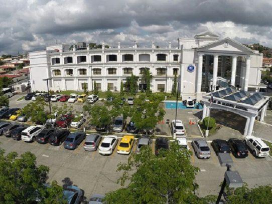 Hospital Susana Jones retoma funciones tras ser desinfectado