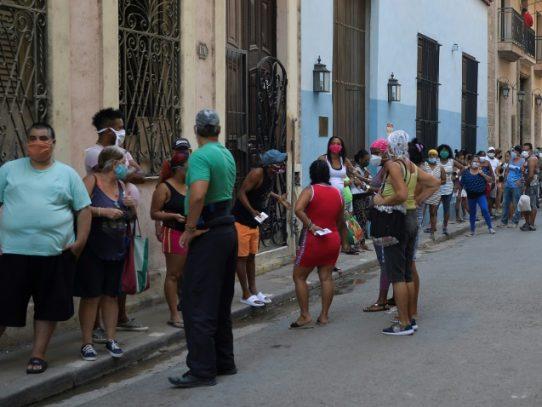 Debilatada por la pandemia, Cuba pide reprogramar deuda con Club de Paris