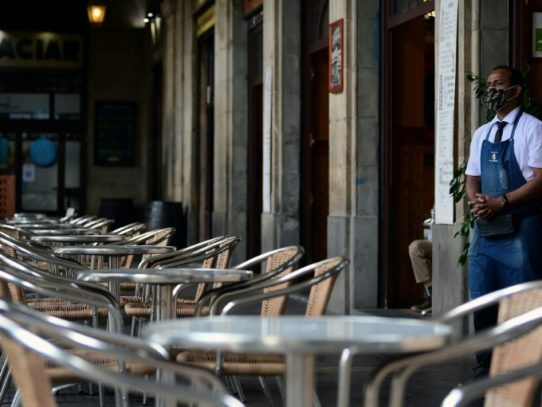 Las nuevas restricciones por el covid mellan todavía más la economía española