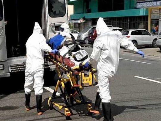Bomberos realizan al menos 396 traslados de pacientes con Covid-19