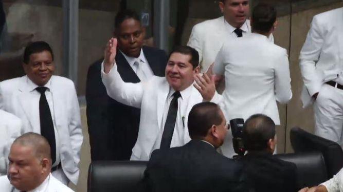 Suspenden audiencia a exdiputado De León caso en perjuicio de la Asamblea