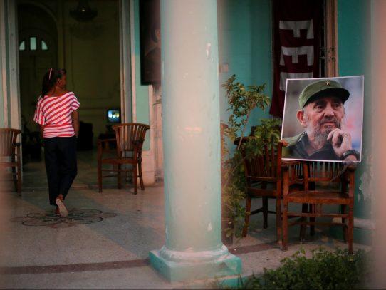 Sin la sombra de Fidel, disidentes esperan un giro en conmocionada Cuba