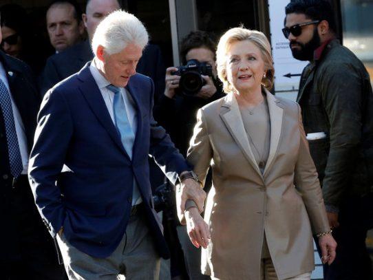 """Bill Clinton dice que tuvo el affaire con Lewinsky para """"manejar ansiedades"""""""